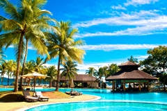 tropical_swimming_pools_Pacific_palms_Hotel_2560x1600